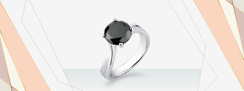 anello-solitario-in-oro-bianco-18k-con-diamante-nero-SOBN-gioielli-di-valenza