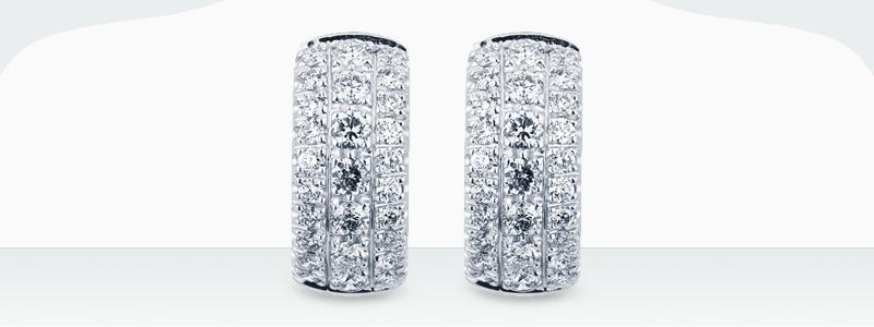 oirecchini-a-cerchio-in-oro-bianco-18k-con-diamanti-NCER2681BB-gioielli-di-valenza-1