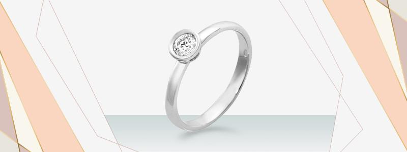 solitario-a-castone-in-oro-bianco-18k-con-diamante-SO25030BB-gioielli-di-valenza