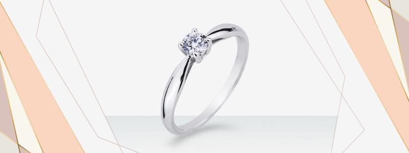 solitario-griffe-a-quattro-punte-in-oro-bianco-18k-con-diamante-SO26030BB-gioielli-di-valenza
