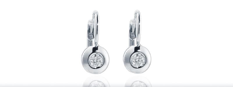 OPU01M020BB-Orecchini-cipollina-in-oro-bianco-18k-con-diamante-gioielli-di-valenza