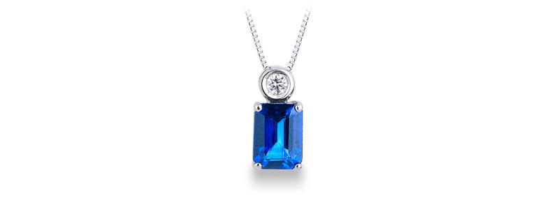 PA2BBZ-CR-collana-con-pendente-in-oro-bianco-18k-con-diamante-e-zaffiro-blu-gioielli-di-valenza