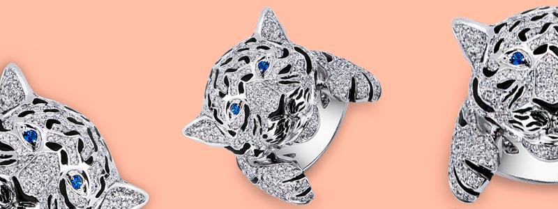 POAN2369BB-Anello-Tigre-in-oro-bianco-18k-con-Diamanti-e-Zaffiri-Blu-collezione-wild-gioielli-di-valenza