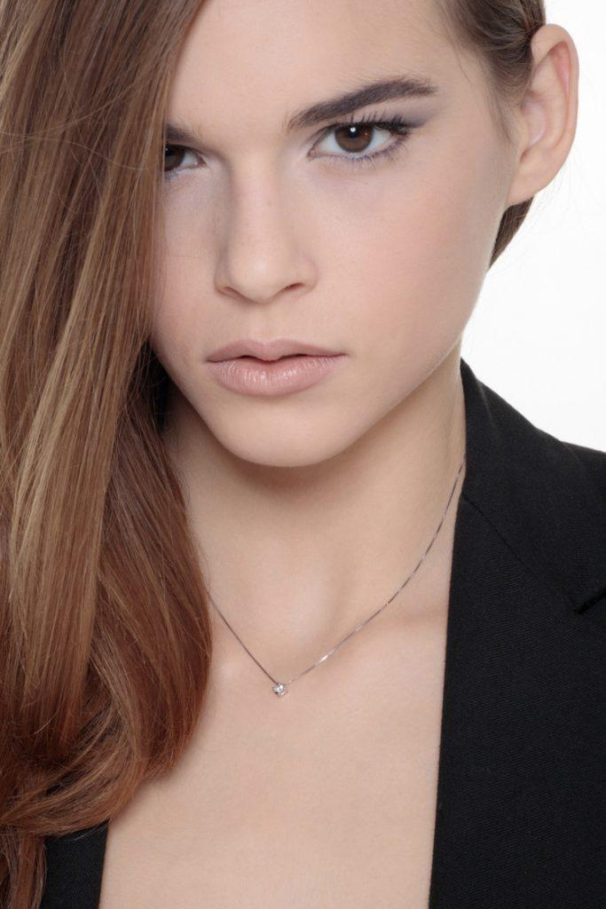 PU03010BB_IND-Collana-Punto-luce-in-oro-bianco-18k-con-diamante-gioielli-di-valenza