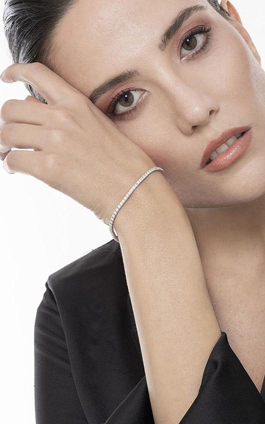 DTENQ03BB-gioiellidivalenza-bracciale-tennis-oro-bianco-18k-diamanti-ct-210