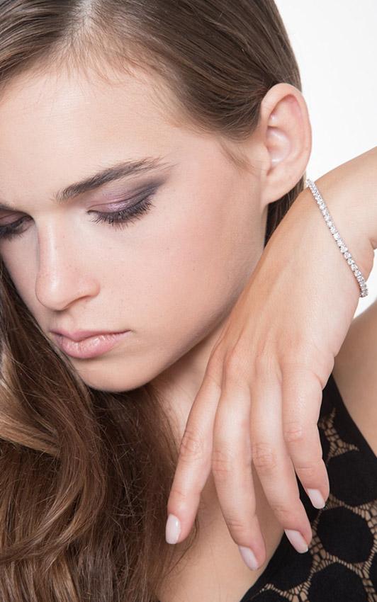 DTENQ06BB-gioiellidivalenza-bracciale-tennis-oro-bianco-18k-diamanti-ct-320